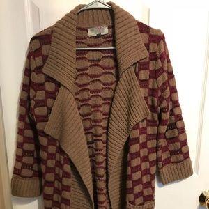 Maroon/tan sweater